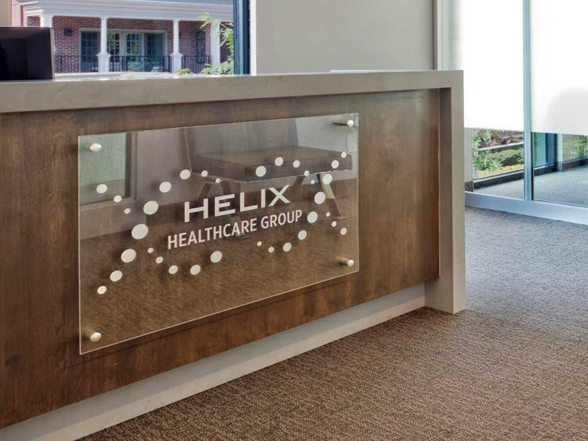helixhealthcare-reception-desk